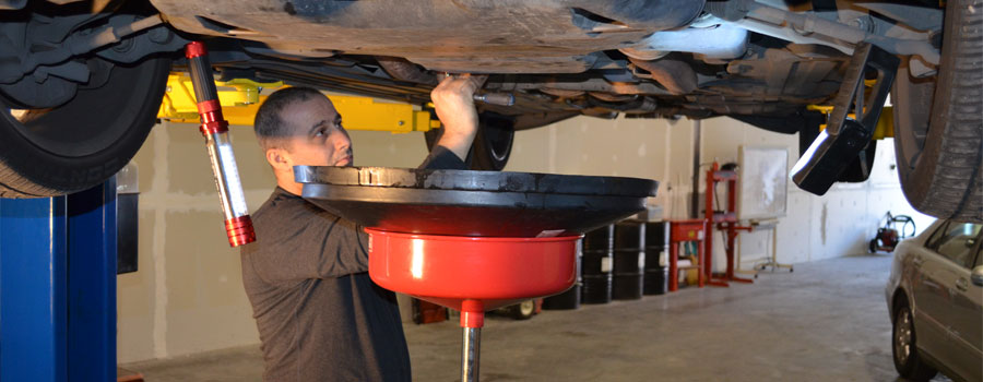 Oil Change   Joe's Unlimited Imports Auto Repair Richmond BC